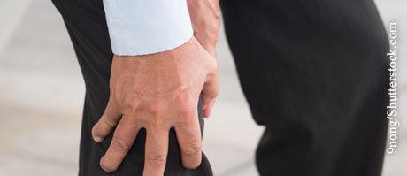 Gelenkersatz bei Rheumapatienten, © 9nong/Shutterstock.com