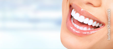 Parodontitis vorbeugen, © kurhan/Shutterstock