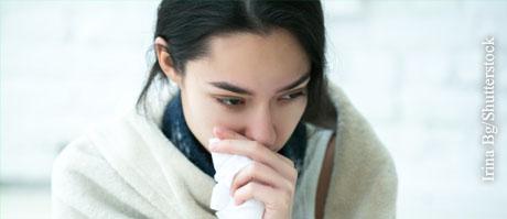 Bei einer Grippe oder einem grippalen Infekt sollten Sie Ihre Temperatur im Blick behalten.