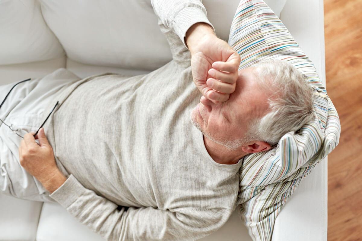 Bei vielen getrennten Schlafzimmern liegt die Ursache bei einem schnarchenden Partner.