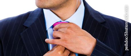 Weg mit der Krawatte!, © pathdoc/Shutterstock.com