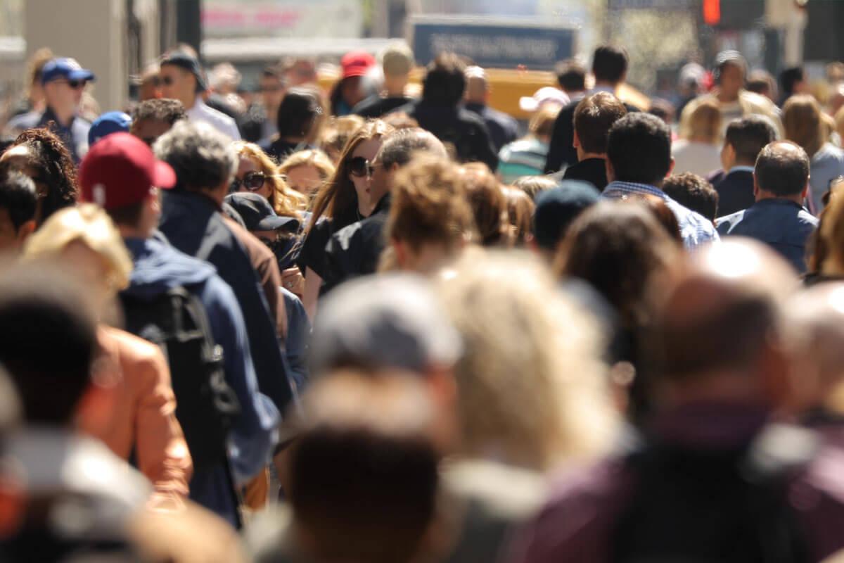 Arme Menschen sterben früher, © blvdone/Shutterstock.com