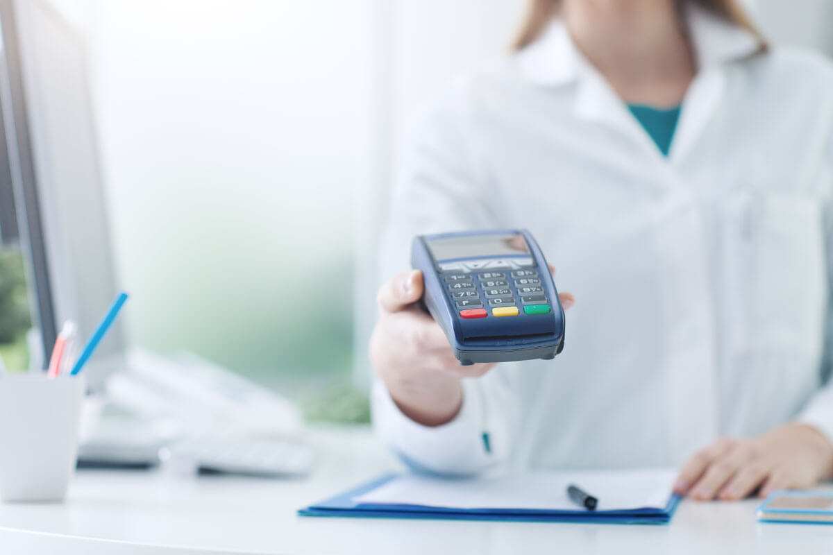 Viele Angebote aus der Alternativheilkunde müssen selbst bezahlt werden.