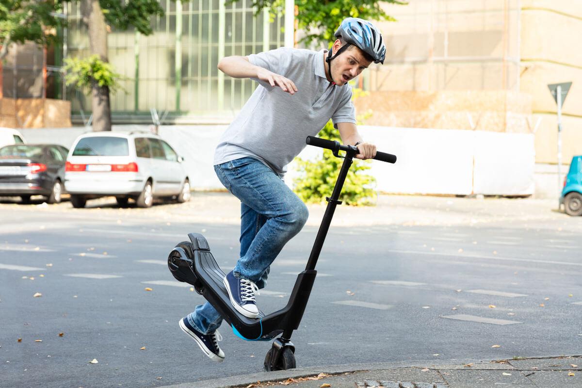 Die meisten E-Scooter-Unfälle passieren ohne Fremdeinwirkung.
