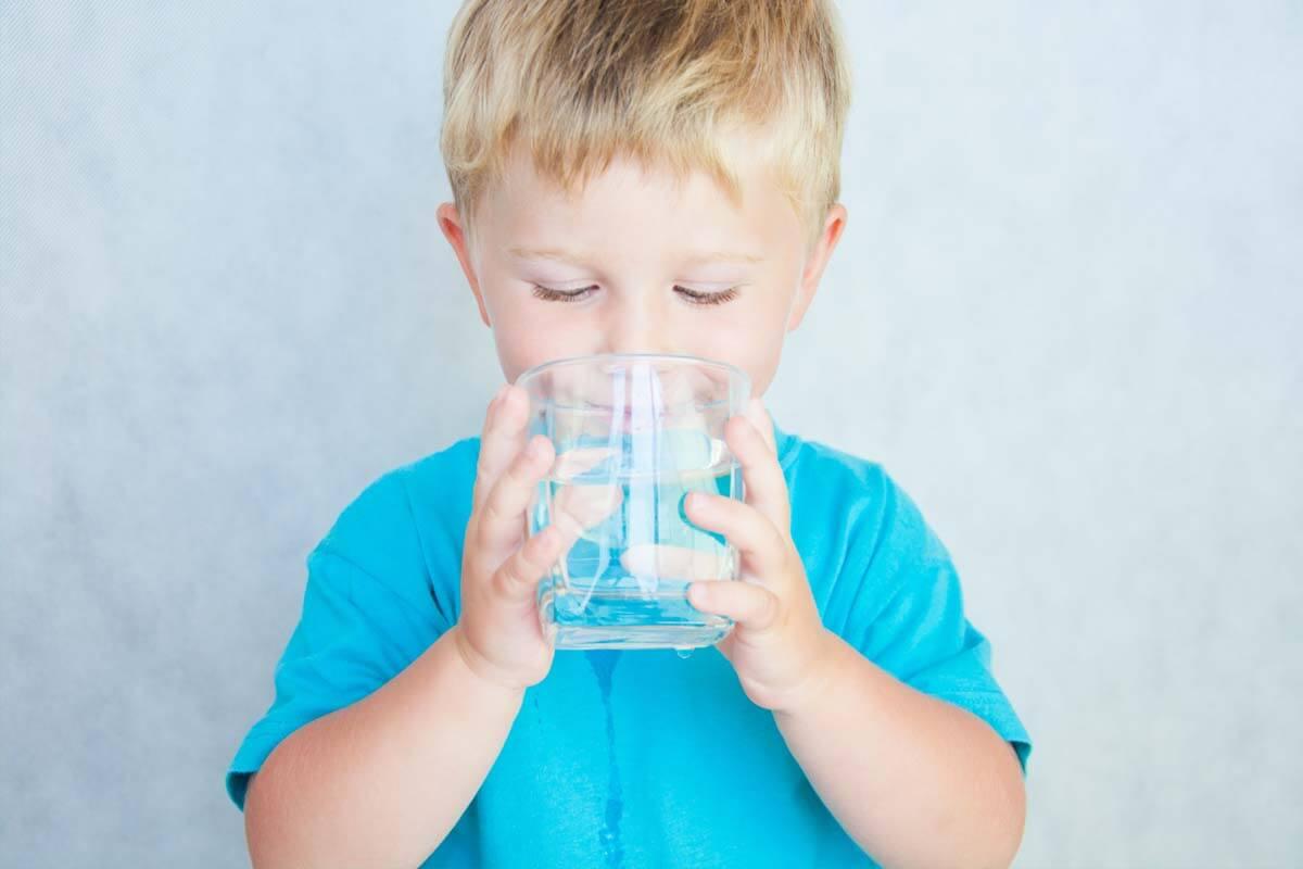 Cola und Salzstangen bei Durchfall?, © alekso/Shutterstock.com