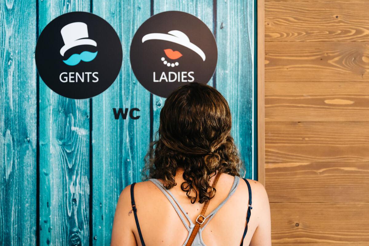 Coronagefahr aus der Toilette?, © JJFarq/Shutterstock.com