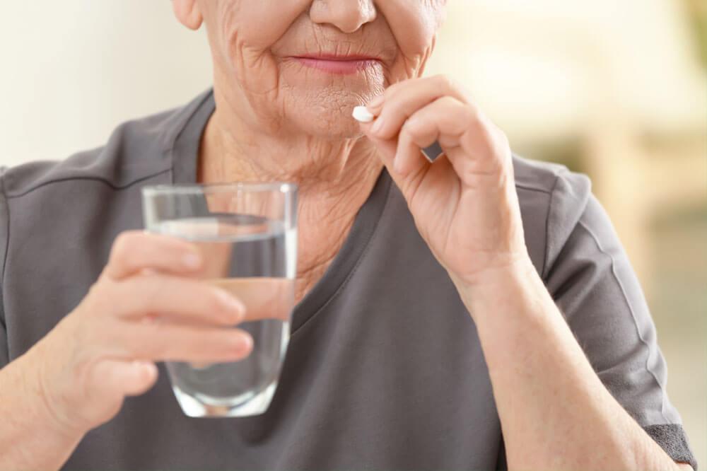 Eine Pille für Gesunde?, © Africa Studio/Shutterstock.com