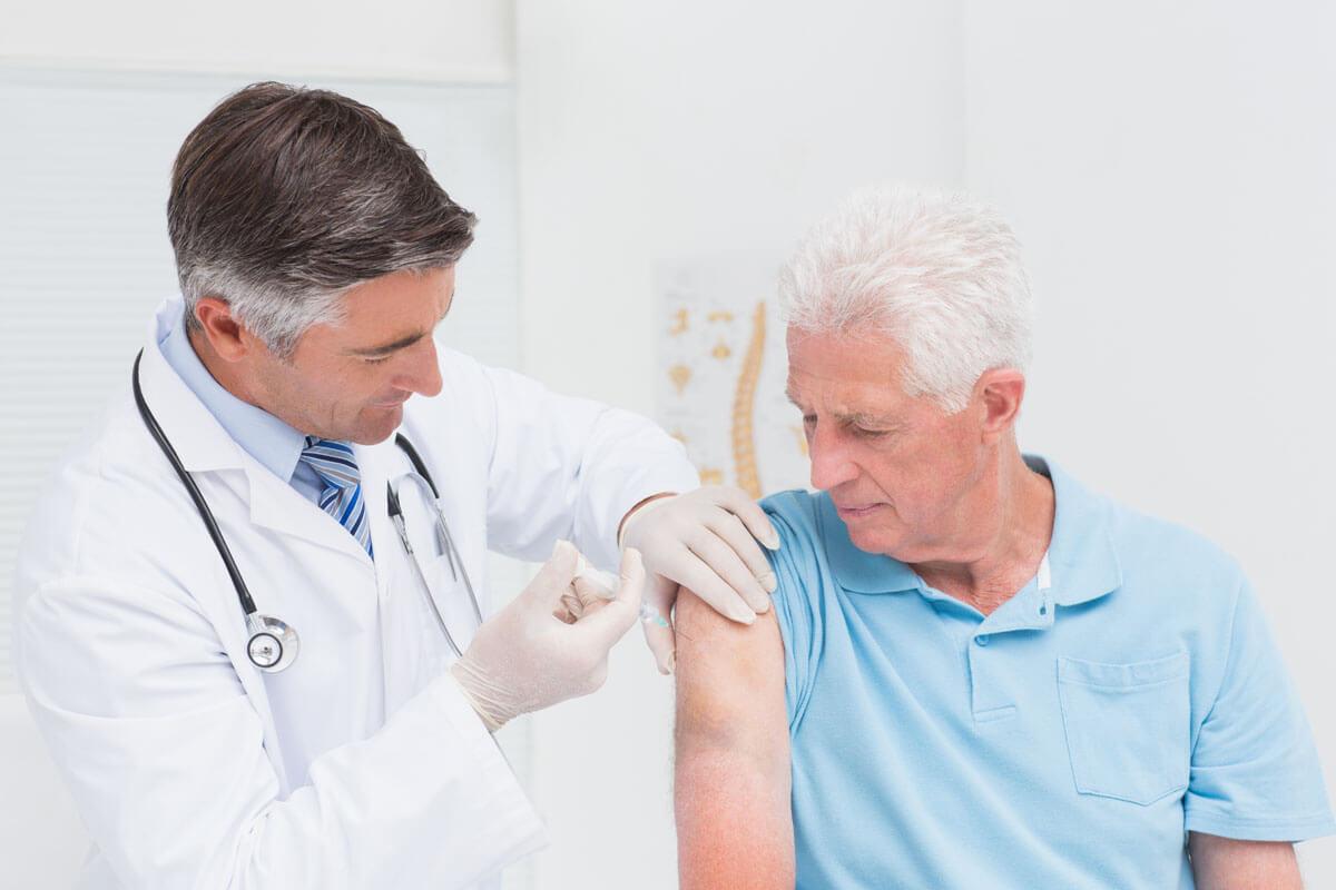 Grippeimpfung beugt Herzinfarkt vor, © wavebreakmedia/Shutterstock.com