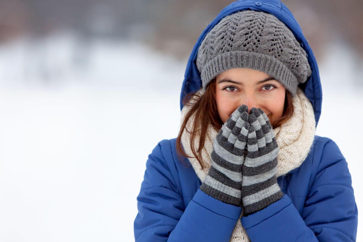 Spaziergänge im Winter stärken das Immunsystem und sorgen für gute Laune.