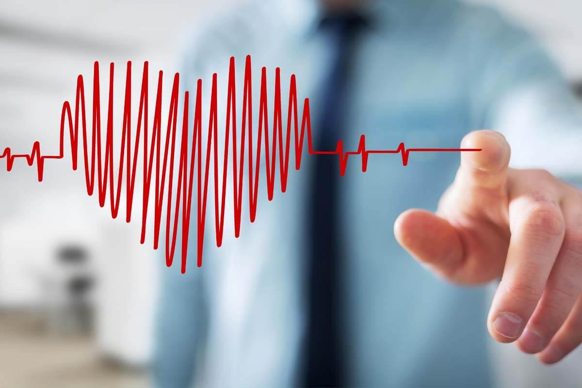 Können Smartwatches Leben retten?, © sdecoret/Shutterstock