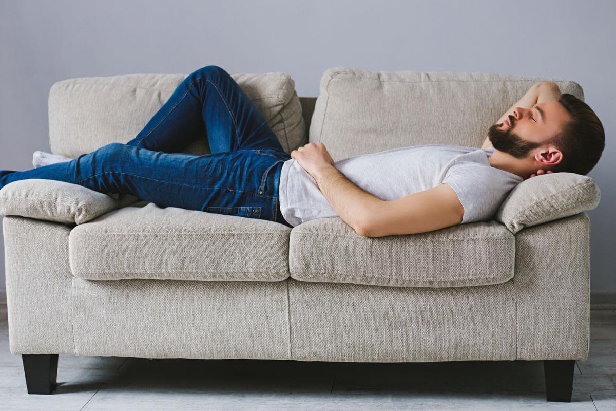 Mittagsschlaf als Blutdrucksenker?, © Olha Povozniuk/Shutterstock.com
