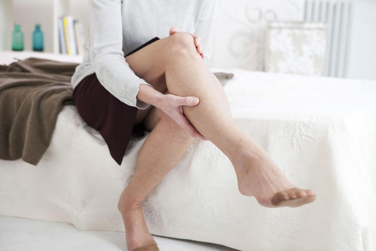 Hitze macht den Beinen zu schaffen, © Image Point Fr/Shutterstock