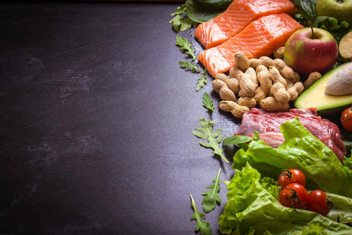 Nahrungsergänzung im Blick: Koenzym Q10, © Elena Eryomenko/Shutterstock.com