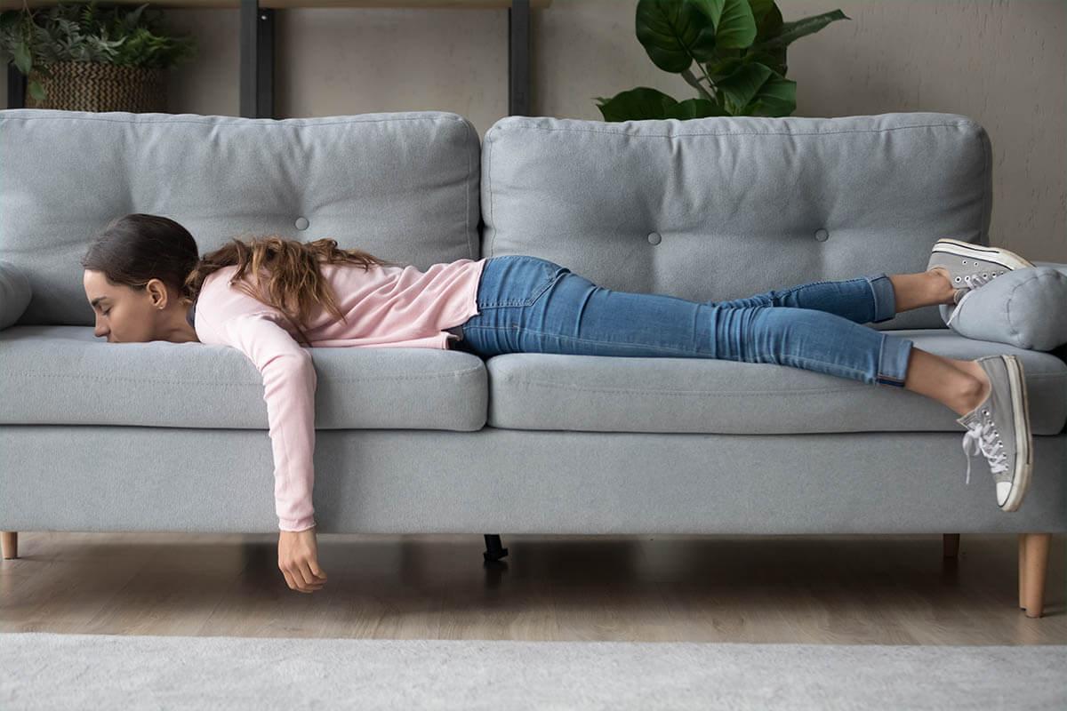 Pflanzliche Mittel für besseren Schlaf, © fizkes/Shutterstock.com