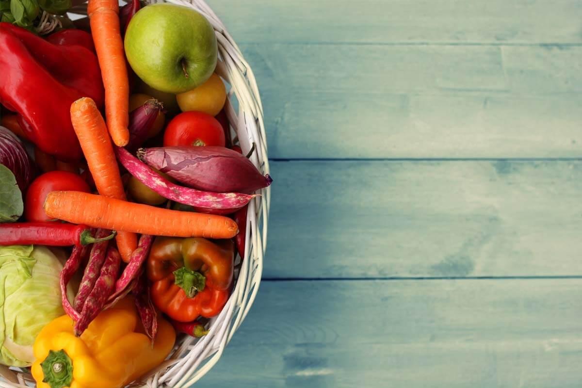 Regionales Gemüse contra Superfood, © gpointstudio/Shutterstock