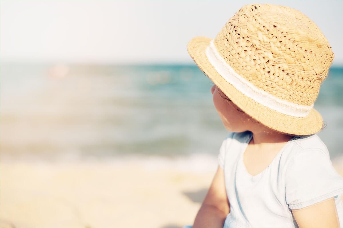Kinder reagieren auf Sonnenstrahlung noch empfindlicher als Erwachsene.