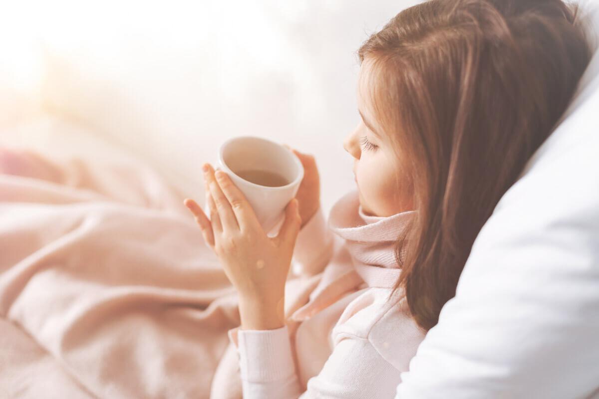 Fieber und Halsschmerzen sind typisch für Scharlach.