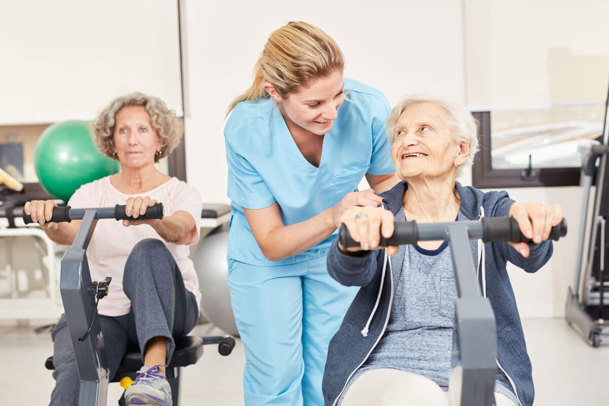Bewegungstherapie für Krebskranke macht in der Gruppe am meisten Spaß.