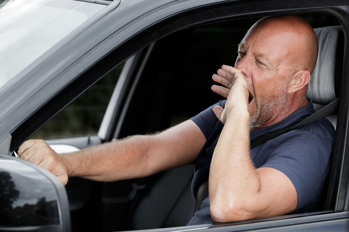 Verkehrstote und Behandlungsfehler, © ALPA PROD/Shutterstock.com