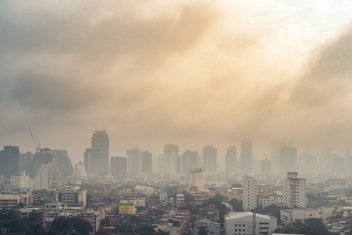 Verschmutzte Luft macht depressiv, © nEwyyy/Shutterstock.com