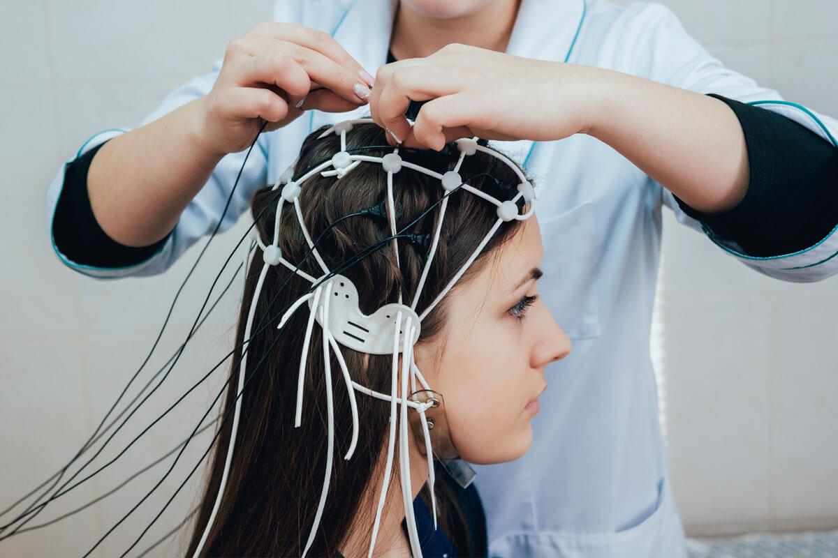 Vom Fieberkrampf zur Epilepsie?, © Roman Zaiets/Shutterstock.com
