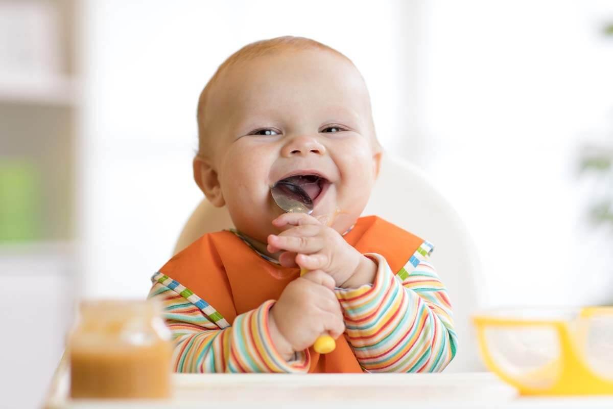 Was Kinder alles schlucken, © Oksana Kuzmina/Shutterstock.com