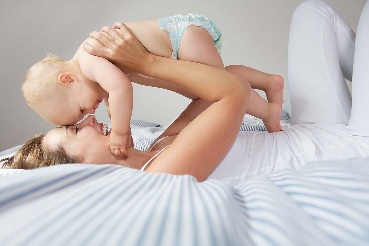 Was verrät die Farbe in der Windel?, © mimagephotography/Shutterstock.com
