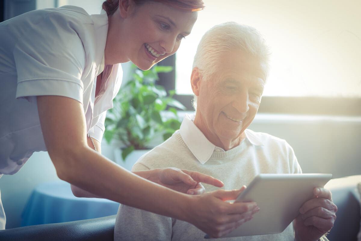 Wie Patientenaufklärung gelingt, © wavebreakmedia/Shutterstock.com