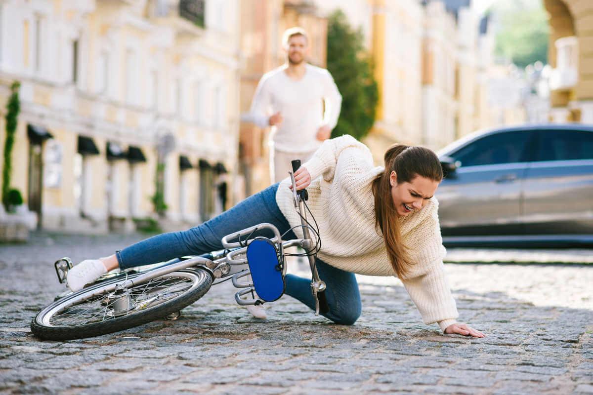 Nebenwirkung Fahruntüchtigkeit, © Andresr/Shutterstock