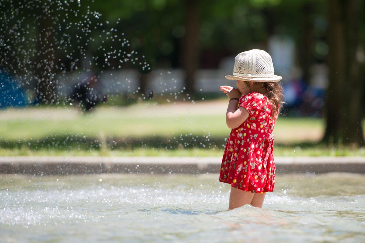 Wo Kinder sicher schwimmen, © Purino/Shutterstock.com