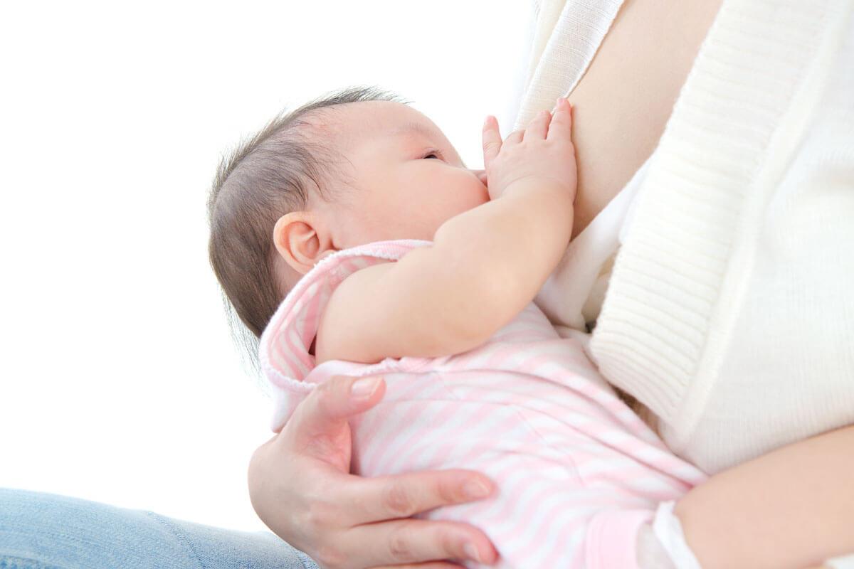 Keine Kuhmilch nach der Geburt, © wong sze yuen/Shutterstock.com