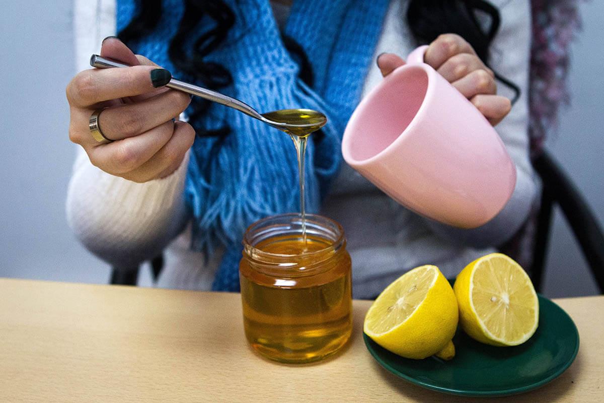Mit Honig gegen Husten, © Ukrainian News/imago-images.de