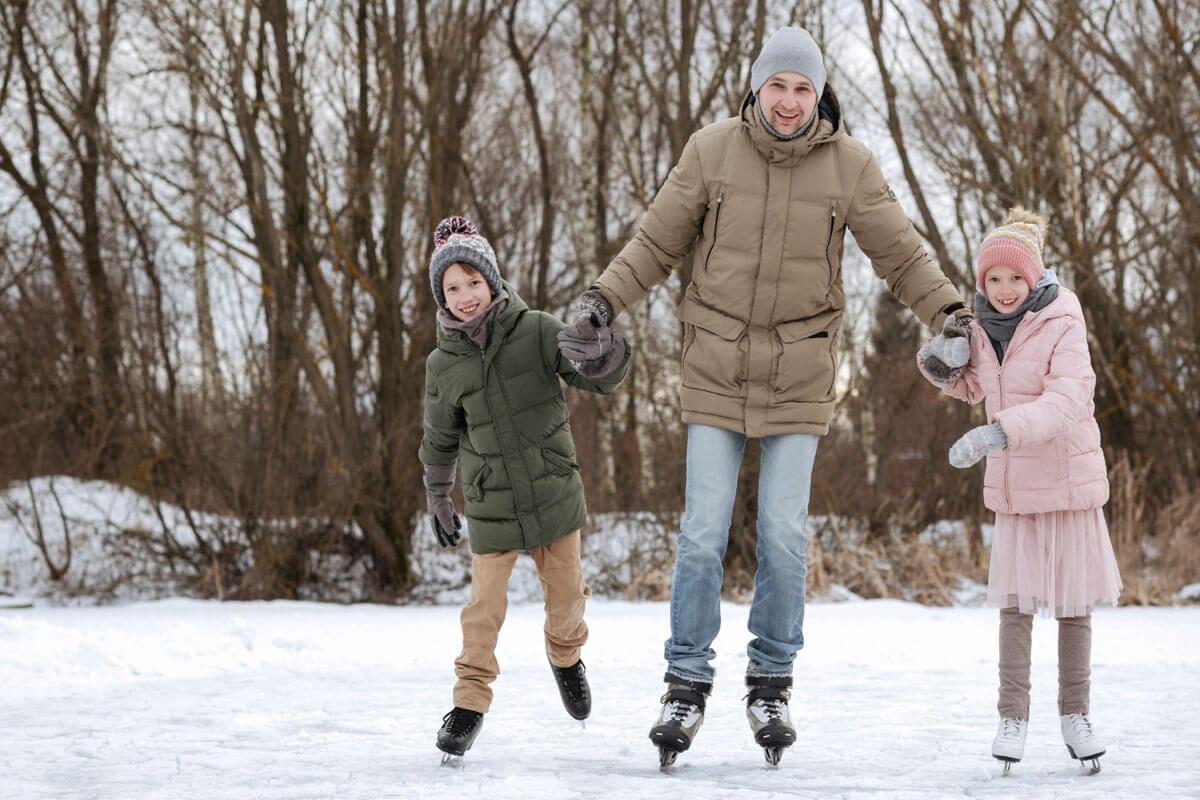 So ist es sicher auf dem Eis, © Westend61/imago-images.de
